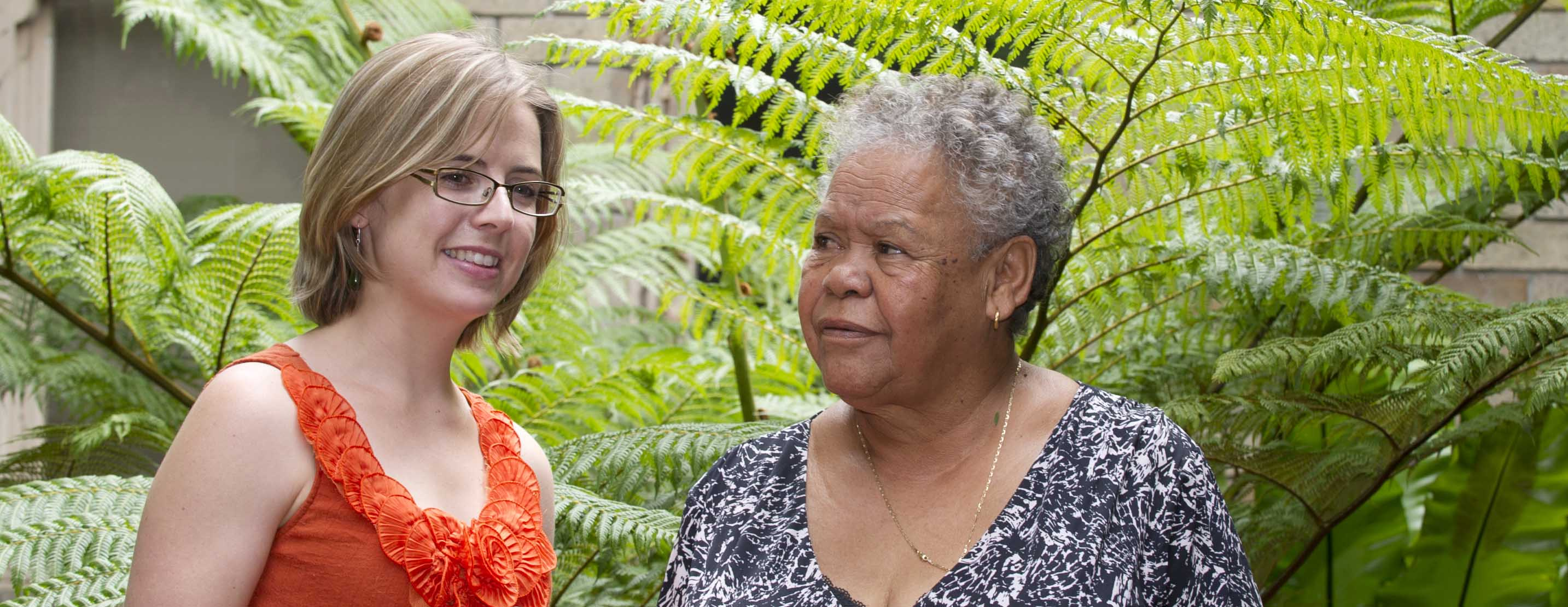 Dr Kylie Radford speaks to participant Margaret about the Ageing and Dementia in Aboriginal Australians project
